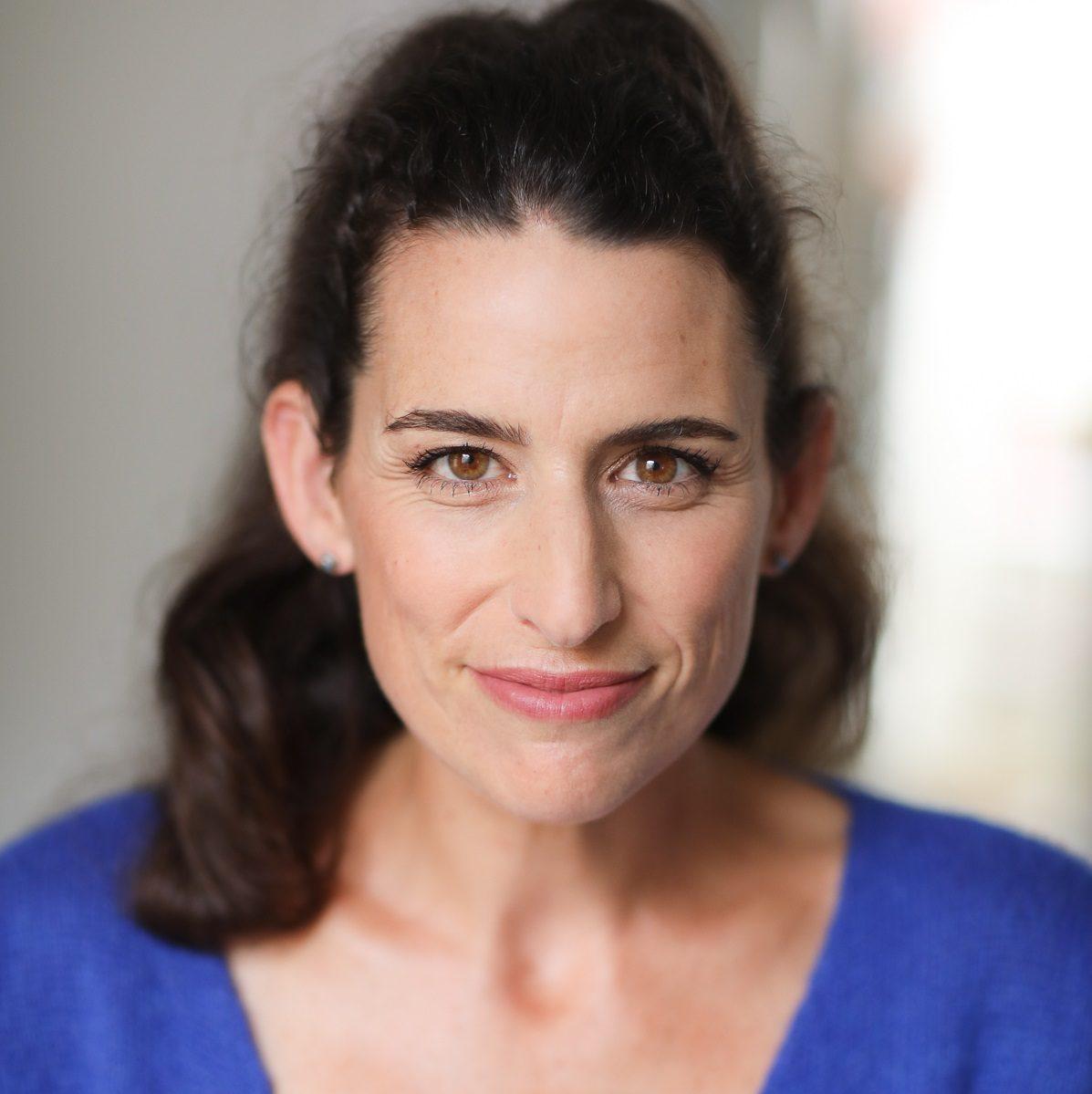 Actrice Paris et Nantes : Véronique Caquineau